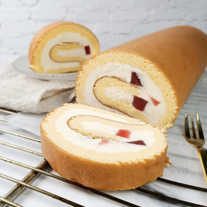 Jewel Swiss Roll-Birthday-Cheesecake-Delivery
