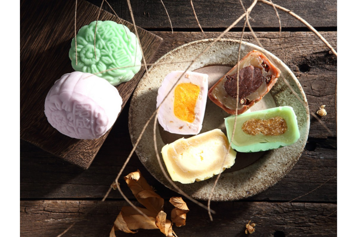 Orh nee (Teochew yam paste dessert) mooncakes aren't new, but few taste as authentic as the Yam and